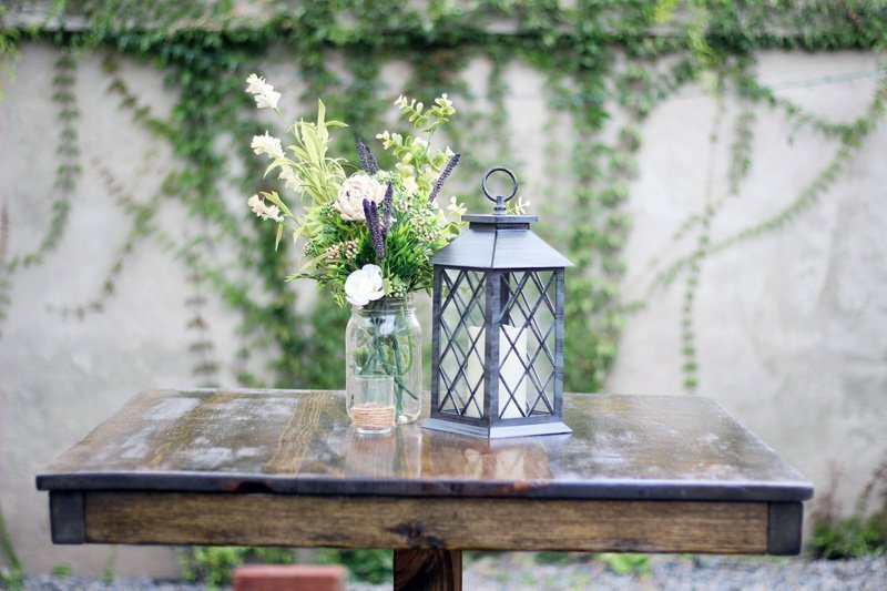 Wooden Cockail Table with Lantern