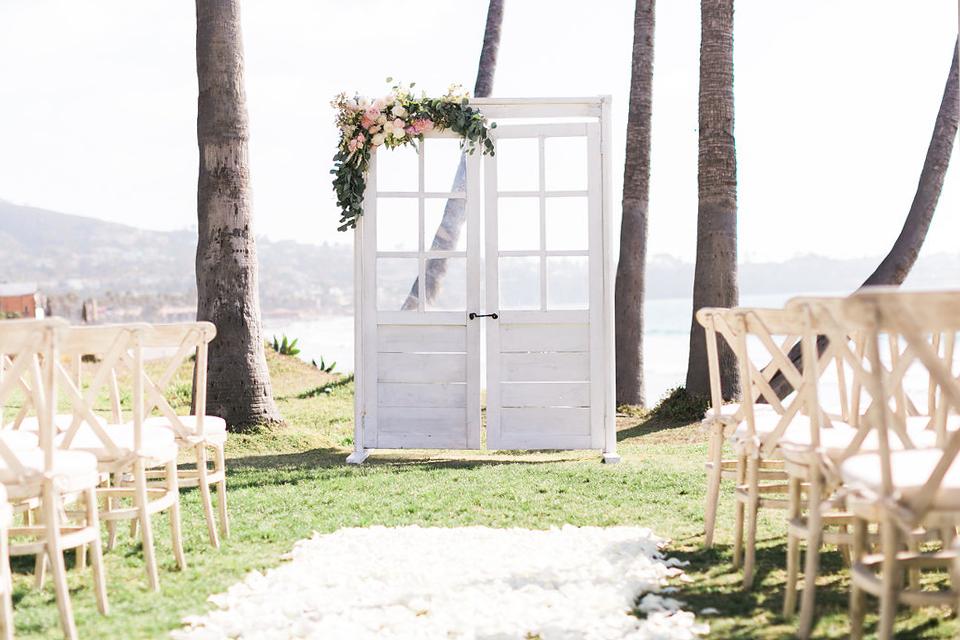 antique-wedding-doors