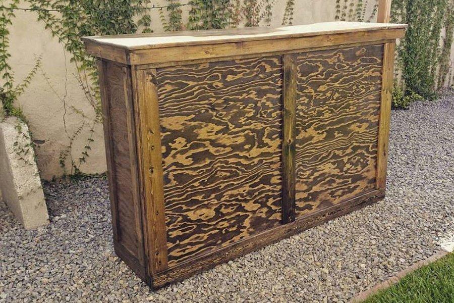 rustic-wood-bar